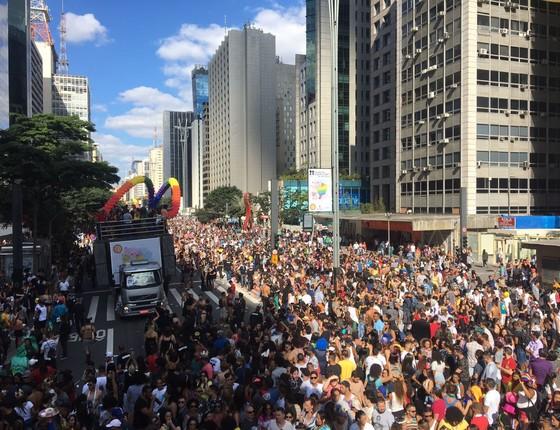 Multidão se reuniu na Avenida Paulista neste domingo (18) (Foto: Luís Lima )