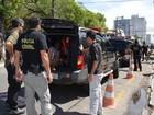 Ciganos suspeitos de golpes de R$ 2 milhões são levados para presídio