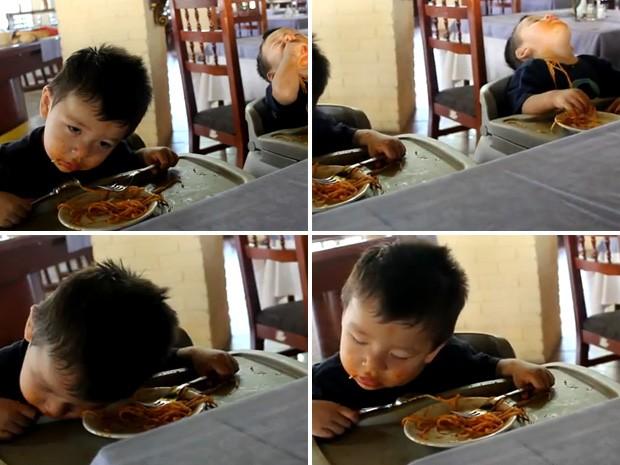Irmãos de 22 meses são vencidos pelo sono durante refeição e viram hit na web (Foto: Reprodução)