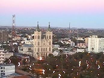 Terça-feira amanhece com tempo seco em Uruguaiana, RS (Foto: Reprodução/RBS TV)