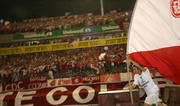 Rafael Sobis contra a LDU pela Libertadores de 2006 (Foto: Daniel Marenco / Agência RBS)