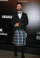 Além de Bruno Gagliasso, relembre outros famosos que usaram saias