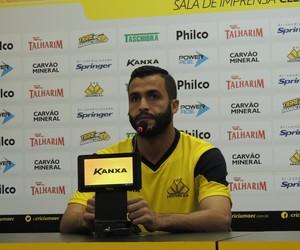 Ronaldo Alves Criciúma zagueiro (Foto: João Lucas Cardoso)