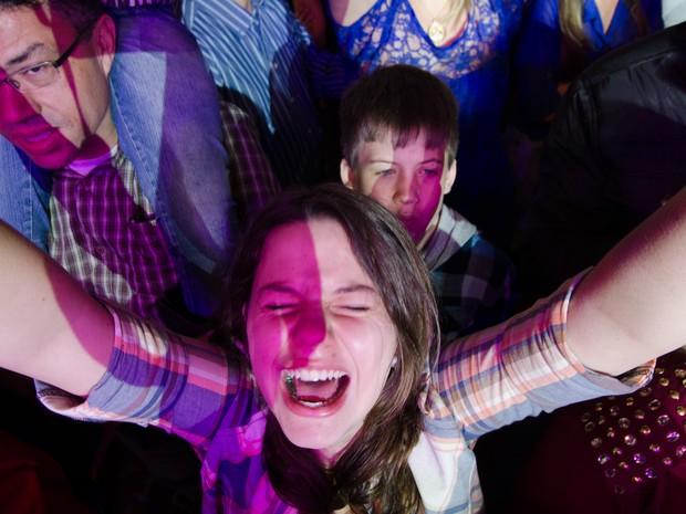 Luan Santana leva as fãs ao delírio, na noite deste sábado (30) na Festa do Peão de Barretos (Foto: Érico Andrade/G1)