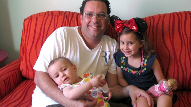 Marcio com as filhas, Vitória e Giovana (Foto: arquivo pessoal)