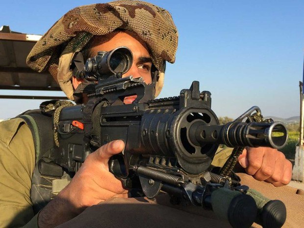 Soldados árabes muçulmanos da Gadsar servem na ocupação israelense na Cisjordânia (Foto: BBC)