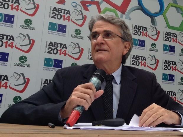 Presidente da ABTA, Oscar Oliveira, diz que o aumento de assinantes mostra a força do setor no país (Foto: Darlan Alvarenga/G1)