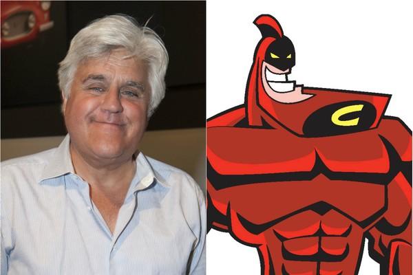 Qualquer semelhança é mera coincidência! O apresentador Jay Leno é responsável pela voz de Queixo Rubro, super-herói do desenho 'Os Padrinhos Mágicos' (Foto: Getty Images e Divulgação)
