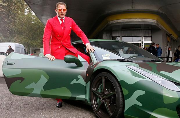 A Ferrari camuflada de Lapo Elkann (Foto: Reprodução)