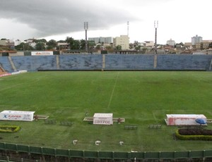 Estádio Uberabão (Foto: Diego Ribeiro / Globoesporte.com)
