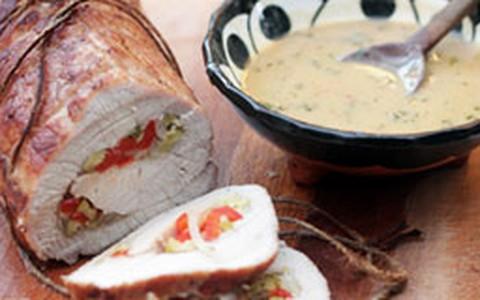 Lombo de porco recheado com pimentão ao molho de tequila