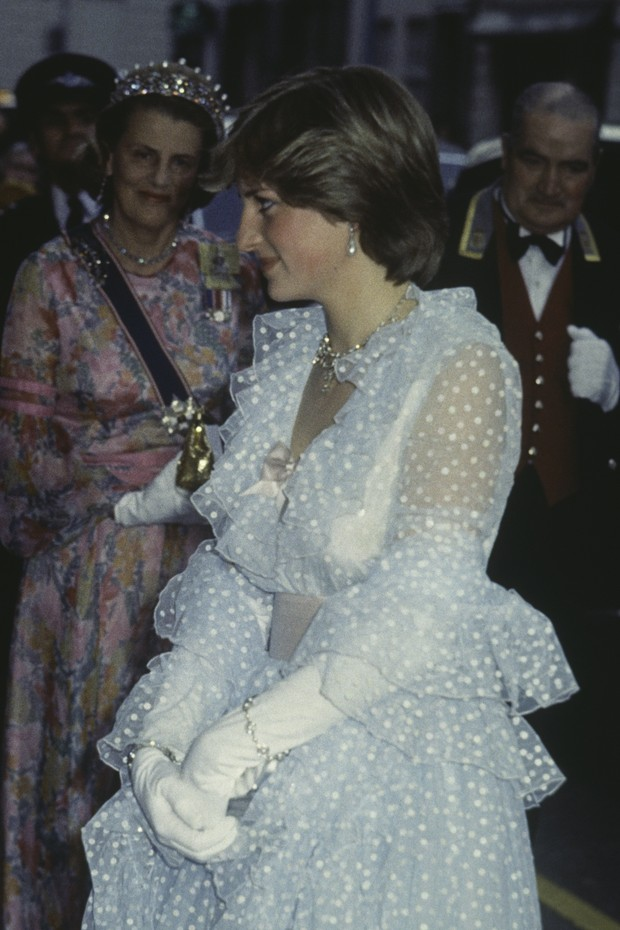 Lady Diana Spencer (1961 - 1997, later Diana, Princess of Wales) at a banquet given at Claridges hotel for King Khalid of Saudi Arabia, 11th June 1981. (Photo by Keystone/Hulton Archive/Getty Images) (Foto: Getty Images)
