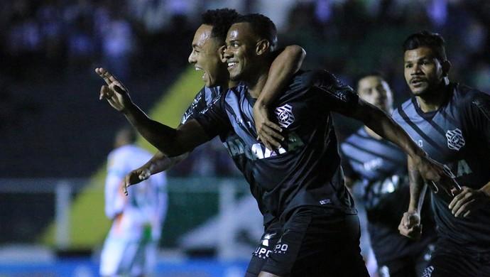 Lins Caucaia Figueirense (Foto: Luiz Henrique/Figueirense FC)