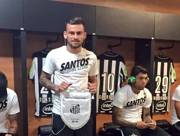 """BLOG: Lucas Lima comemora faixa de capitão contra o Bahia: """"Valeu pelo apoio"""""""