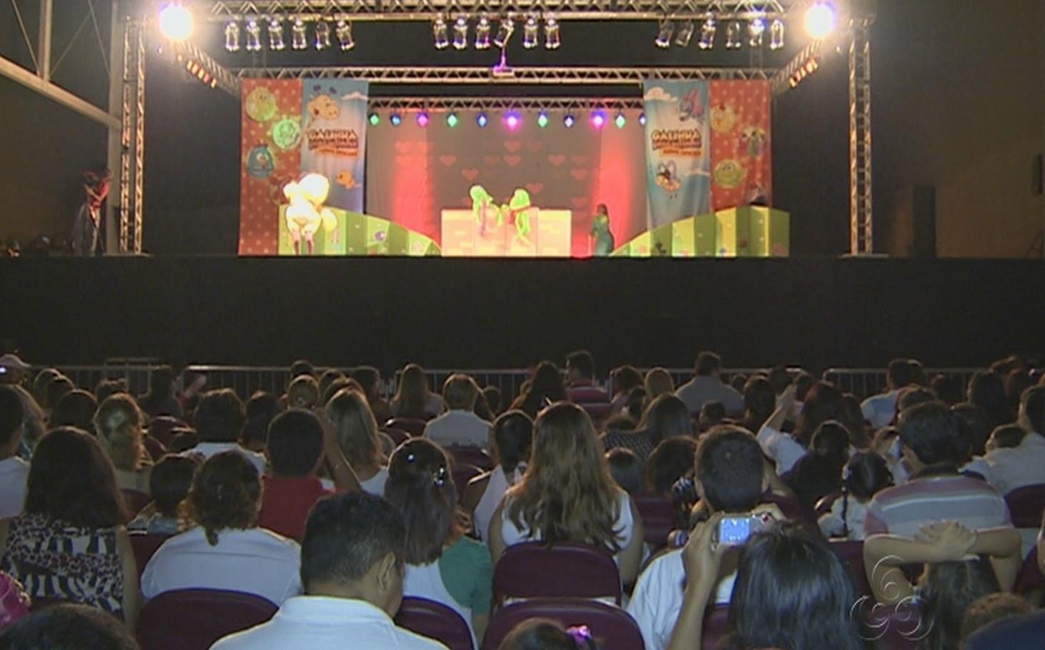Show ocorreu no Studio 5 Centro de Convenções, em Manaus (Foto: Amazônia TV)