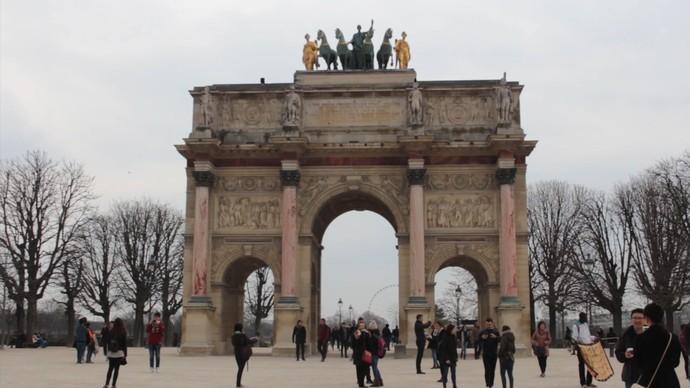 'Bahianation': Arco do Triunfo do Carrossel foi construído para celebrar vitórias de Napoleão Bonaparte (Foto: TV Bahia)