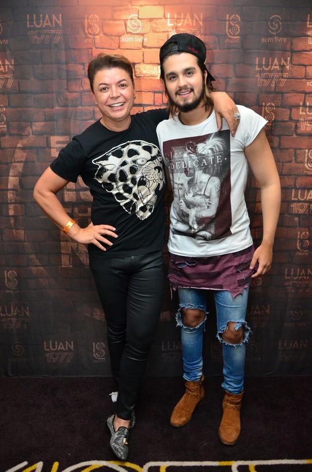 David Brazil e Luan Santana (Foto: Webert Belicio / Ag News)