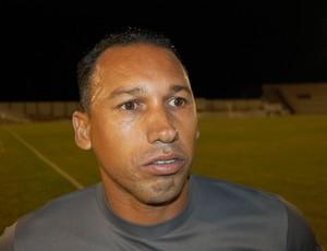 Anderson Oliveira, técnico do Serrano (Foto: Silas Batista / GloboEsporte.com)