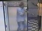 Vídeo mostra ação de assaltantes em joalheria no Centro de SP