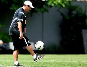 Muricy Ramalho no treino do Santos (Foto: Ivan Storti / Site Oficial do Santos)