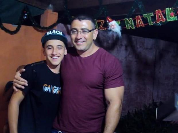 Valdinei Galdino e Diego Galdino Turistas de Caçapava estavam desaparecidos em Ubatuba (Foto: Arquivo Pessoal)