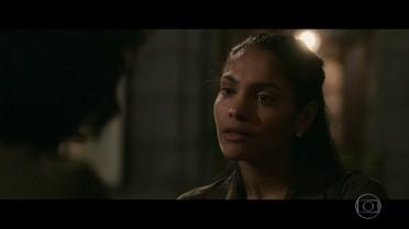 Cátia diz que Gustavo está apaixonado por Rimena