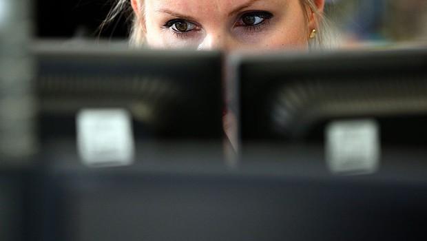 Mulher; escritório; computador (Foto: Carl Court/Getty Images)