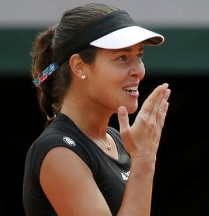 Ana Ivanovic contra Elina Svitolina em Roland Garros (Foto: Reuters)