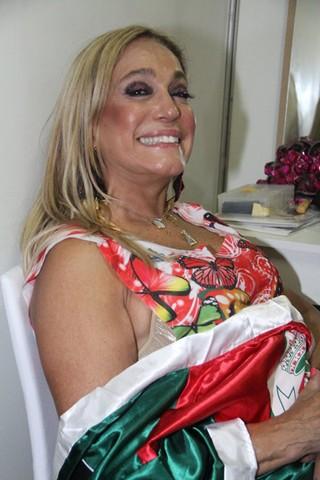 Susana Vieira na Sapucaí (Foto: Rodrigo dos Anjos / AgNews)