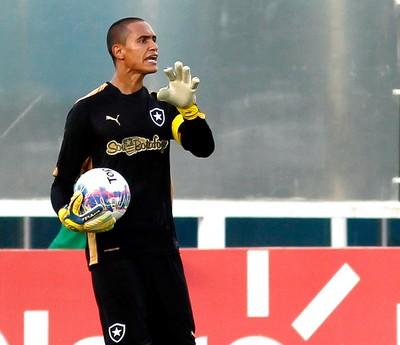 Renan Botafogo x Cabofriense (Foto: Vitor Silva / SSPress)