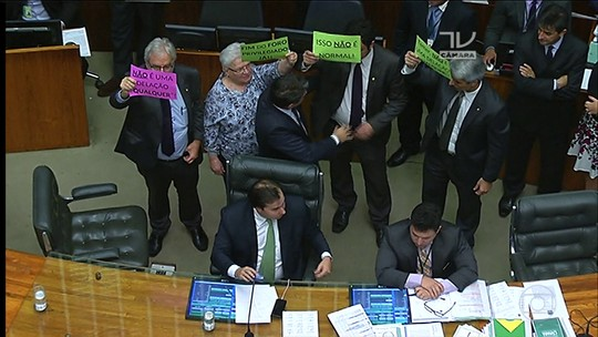 Câmara aprova projeto que socorre estados endividados