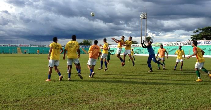 Treino Tocantinópolis - Tocantins (Foto: Vilma Nascimento/GloboEsporte.com)