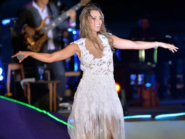 Nova vocalista do Cheiro de Amor, Vina Calmon (Foto: Max Haack / Agecom)