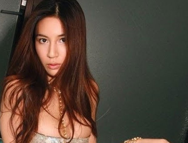 Em 2010, uma atriz pornô japonesa ofereceu relações sexuais com estudantes chineses para se desculpar pela Segunda Guerra Sino-Japonesa de 1937. Na época, Anri Suzuki disse ter se comovido com a história da invasão japonesa na China nos anos 1930 e queria usar seu próprio corpo para se desculpar com a nova geração de chineses. (Foto: Reprodução)