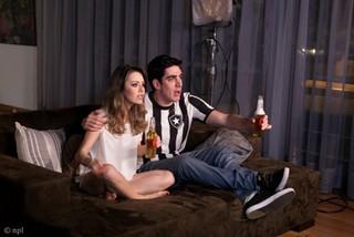 Sandy faz par romântico com Marcelo Adnet em novo clipe   2013