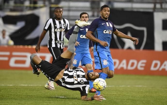 Botafogo Corinthians Arena da Ilha (Foto  André Durão   GloboEsporte.com) 55705b1792baf