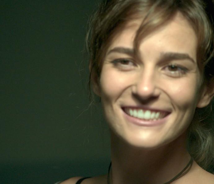 Sofia faz visita surpresa a Jacaré (Foto: TV Globo)