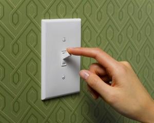 Descubra como funciona o interruptor da sua casa (Reprodução)