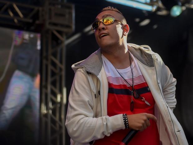 MC tocou também sucessos de outros músicos (Foto: Flávio Moraes/G1)