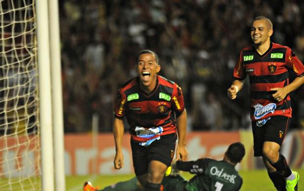 Sport x Joinville (Foto: Aldo Carneiro/Pernambuco Press)