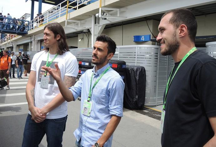 Cássio, Valter e Uende Jogadores do Corinthians na F-1 (Foto: David Abramvezt)