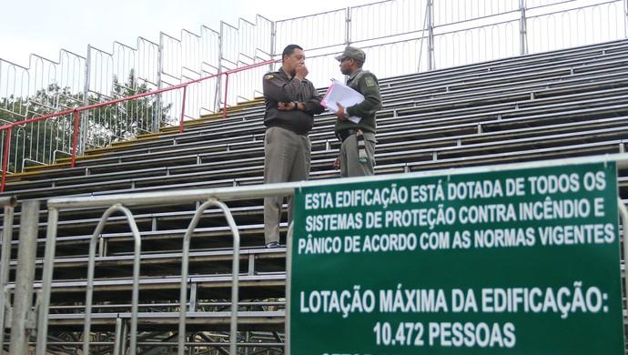 Estádio Bento Freitas, Pelotas, Brasil de Pelotas, arquibancadas móveis (Foto: Divulgação / GE Brasil)