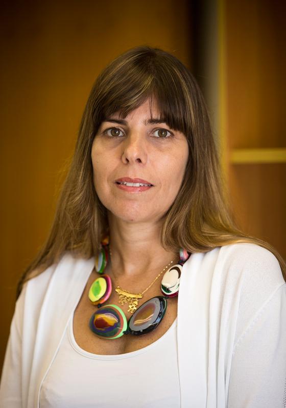 A juiza Daniela Assumpção,que condenou Nahim (acima ,um trecho da sua decisão).Antes dela,17 juizes declararam-se impedidos para julgar o caso (Foto:  Marcia Foletto / Agencia O Globo)