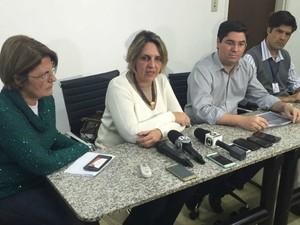 Prefeitura fez coletiva de imprensa para esclarecer informações sobre caso (Foto: Alysson Maruyama/TV Morena)