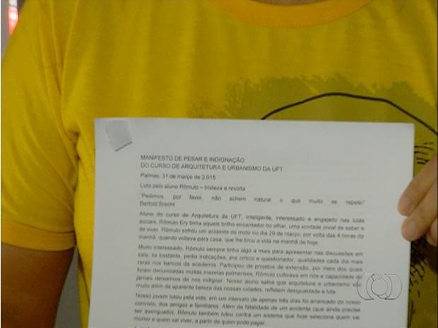 Colegas de Rômulo fizeram um manifesto de pesar e indignação (Foto: Reprodução/TV Anhanguera)