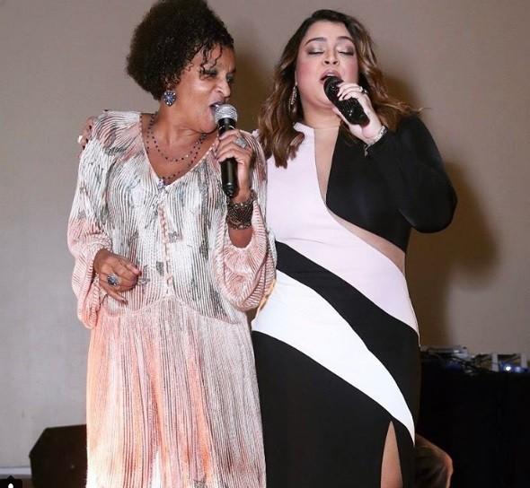 Preta Gil cantou ao lado de Elisa Lucinda durante o evento  (Foto: Reprodução/ Instagram)