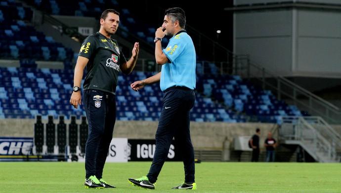 Maurício Copertino (à esquerda) conversa com Alexandre Gallo (Foto: Divulgação / FMA)