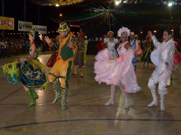 Balanço Nordestino abre primeira noite das semifinais em Canindé (Foto: Fredson Navarro / G1 SE)