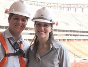 casal de engenheiros (Pedro Henrique e Ana Paula), Mané Garrincha (Foto: Fabrício Marques / Globoesporte.com)