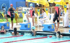 Cibelly Martins, de 11 anos nadadora de Mato Grosso (Foto: Assessoria/FDA-MT)